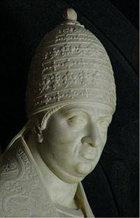 Detail from Papa Leo X grave in Santa Maria sopra Minerva in Rome.jpg