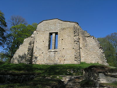 Riseberga Monastery Ruin.JPG