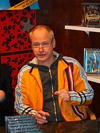 Robert på Åhlens.JPG