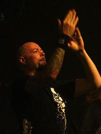 Michael Nicklasson med Dark Tranquillity 2007