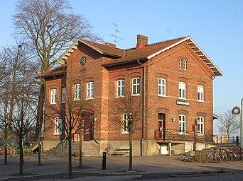 Simrishamns stationshus.jpg